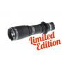 Svietidlo Armytek Dobermann Pro XP-L / Studená biela / 1200L (1.3h) / 381m / 9 režimov / IP68 / Li-Ion 18650 / 115gr