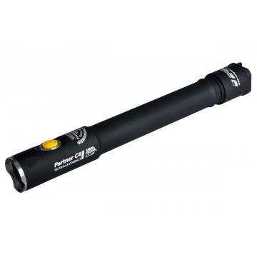 Svietidlo Armytek Partner C4 Pro v3 XHP35 / Teplá biela / 2139lm (1h) / 209m / 8 režimov / IP68 / 2x18650 Li-Ion / 73gr