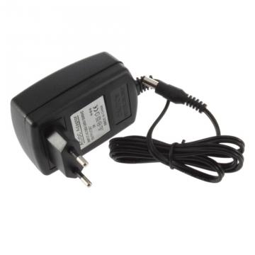 XTAR 12V 1A adaptér pre nabíjačku VP2 / VP4